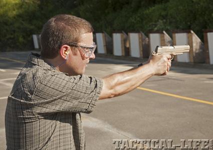 #2Z83 Colt Firearms for Tactical Weapons Harris Pub / Robert Sad