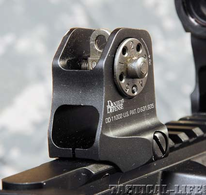 photo-04-rear-sight