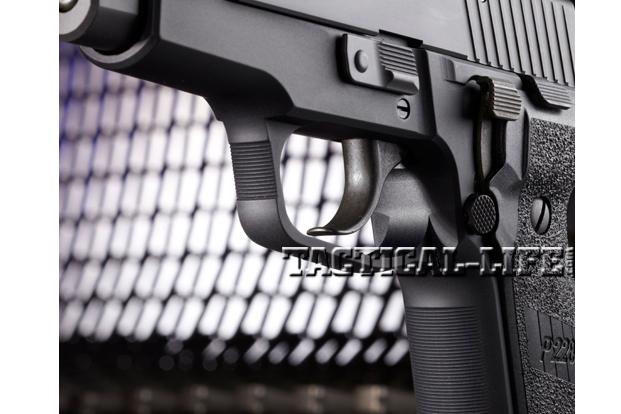 Combat Handguns Sig-Sauer-M11-A1-trigger