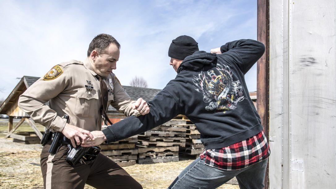 Law Enforcement Tactics - Gun Grab Counterstrikes - Creating distance