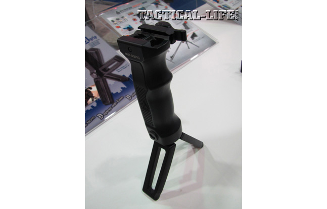 UTG D-Grip Quick Release Bipod - NASGW