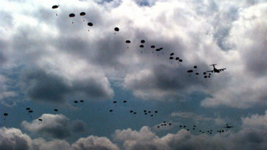 Army Paratrooper Units Face Reduction