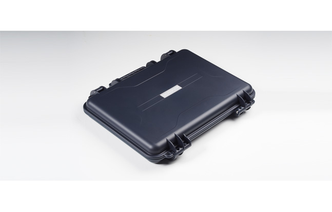 The Vivax laptop case is built for extreme-level performance and is designed to transport laptops in a variety of adverse situations and climatic conditions