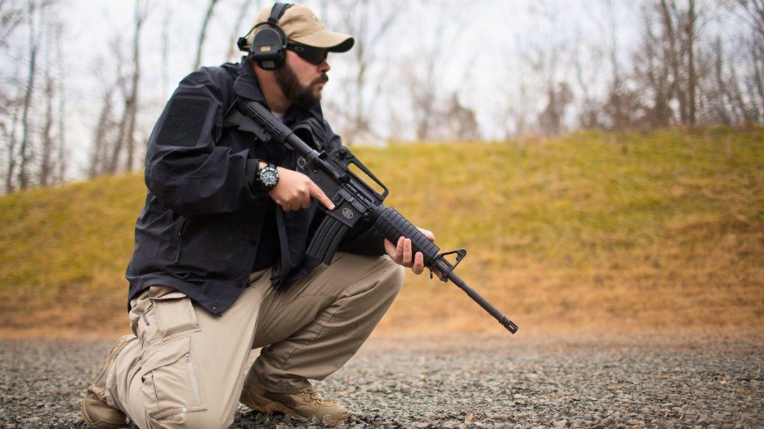 FN-15 Carbine Kneeling