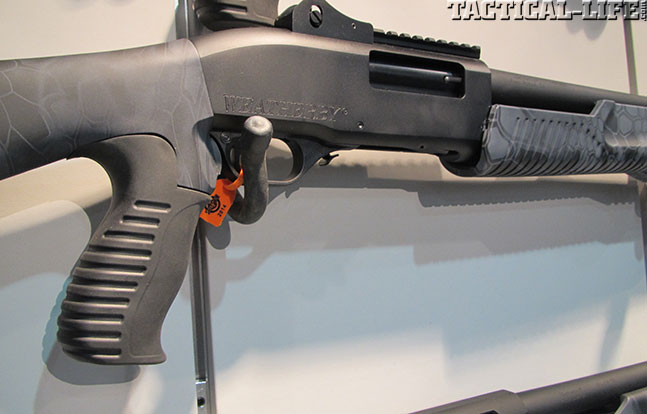 12 New Tactical Shotguns For 2014 - Weatherby WBY-X SA-459 Black Reaper TR Pump Closeup