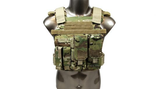 AR500 Armor Sentry Plate Carrier Package
