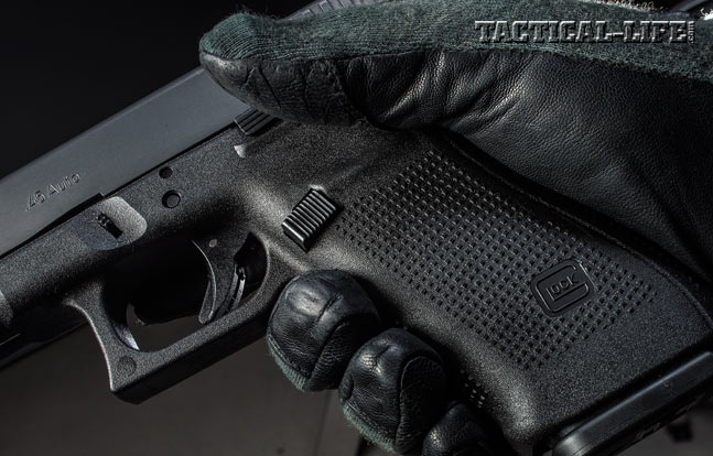 To make the pistol fit more users, the large, serrated magazine catch can be easily switched to either side.