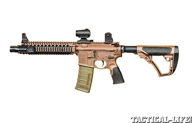 Gun Review Daniel Defense MK18 solo