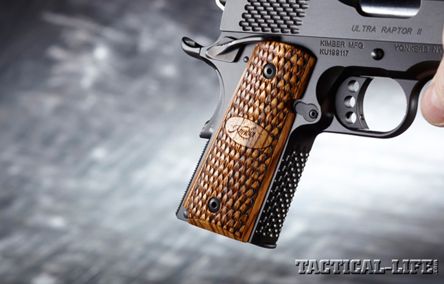 KIMBER ULTRA RAPTOR II grip