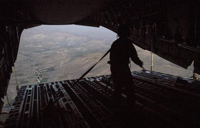 Air Force Airdrop Iraq