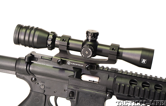 Smith & Wesson M&P15-22 AR scope gun review