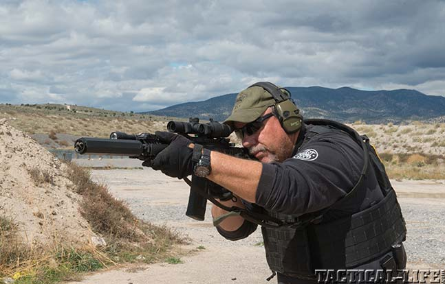 LWRCI Six8 sneak aim