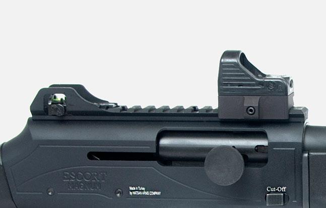 Top Features Escort MP-S/A TacStock2 Shotgun top rail