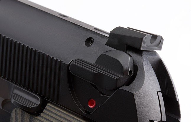Wilson Combat Beretta SWMP Oct rear