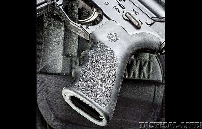 Colt CRB-16RR GWLE Nov grip