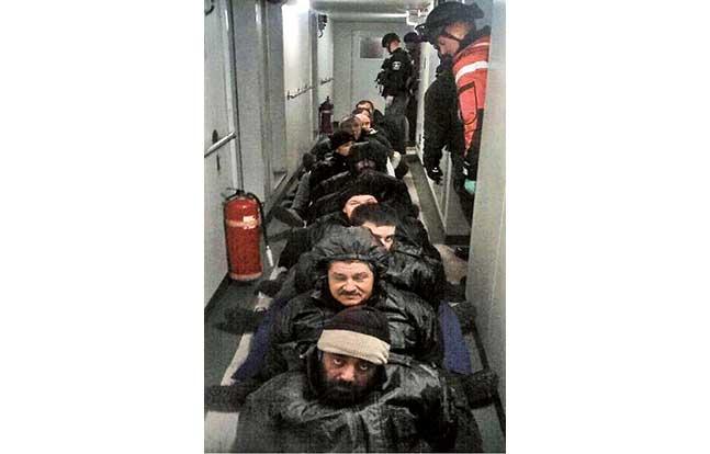 TW Dec Calvert SWAT ocean crew