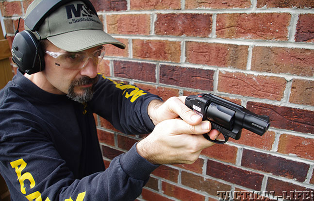Combat Handguns top revolvers 2014 SMITH & WESSON M&P BODYGUARD 38 aim