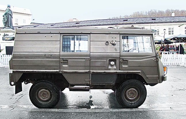 Tactical Trucks SWMP Jan 2015 Austria Pinzgauer 2