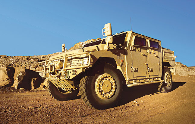 Tactical Trucks SWMP Jan 2015 France Renault Sherpa