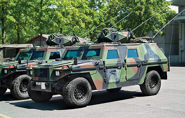 Tactical Trucks SWMP Jan 2015 Switzerland MOWAG Eagle V