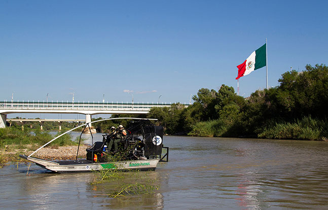 Texas border patrol Mexican border