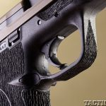 Top 18 Full-Size Guns 2014 BOWIE/SMITH & WESSON M&P .40 S&W trigger