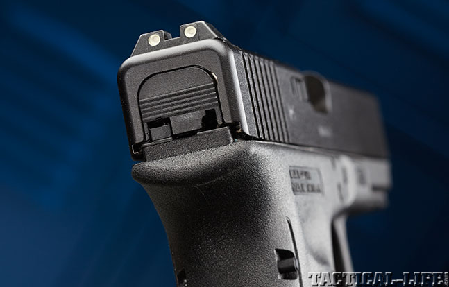 Top 18 Full-Size Guns 2014 GLOCK 22 GEN4 rear