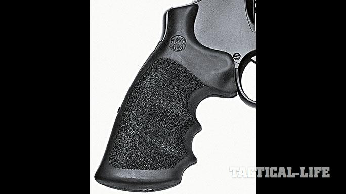 Smith & Wesson M&P R8 revolver grip