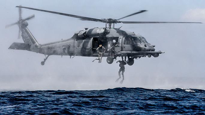 320th Special Tactics Squadron Airmen Amphibious Training
