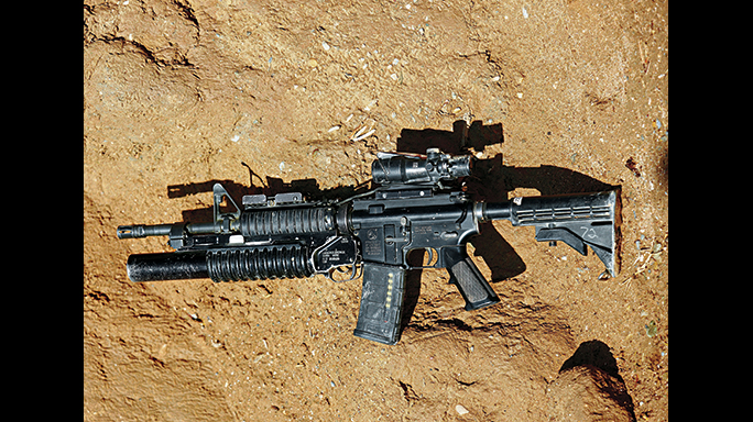 The M4A1 Carbine is the most commonly used assault rifle in the U.S. forces.The weapon only weighs 6.11 pounds.
