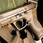 Smith & Wesson M&P9 VTAC Handgun lead