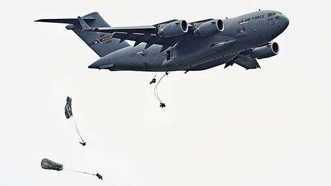 C-17 Globemaster III Paratroopers