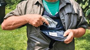 BUG Pocket Vest Holster lead
