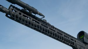 video Seekins Precision SP-15 NOXs Forged Rifle handguard