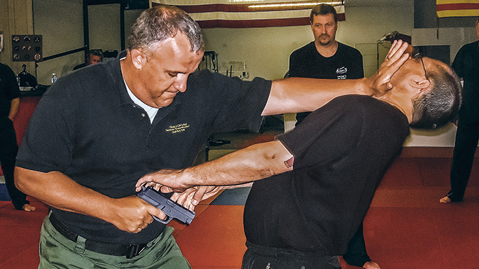 Close Quarters: 5 Expert Hand To Hand Combat Tips