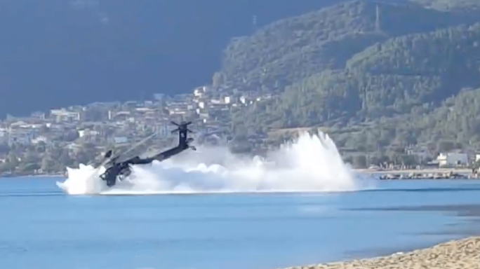 Greek Army Helicopter Crash Lands Thessaloniki