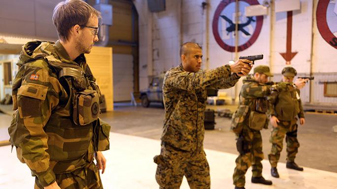 Marines Choose 9mm Glock 19 2016
