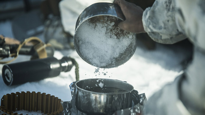 US Marines Cold Weather Training cooking