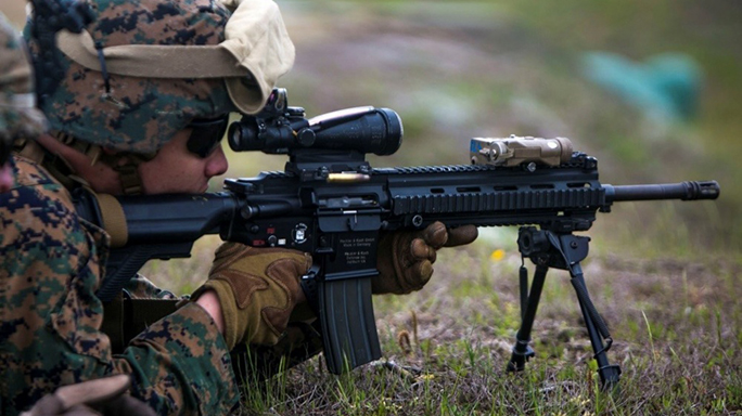 marines uber squad m27 rifle sighting in