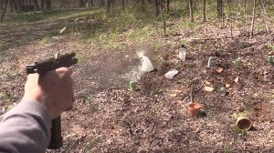 full auto Glock 17 pistol shooting