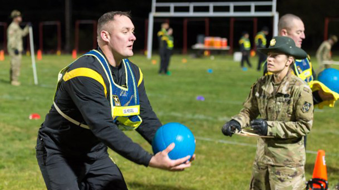 army physical fitness test ball throw