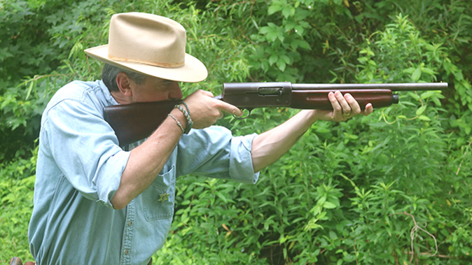 Remington Model 11 shotgun aiming