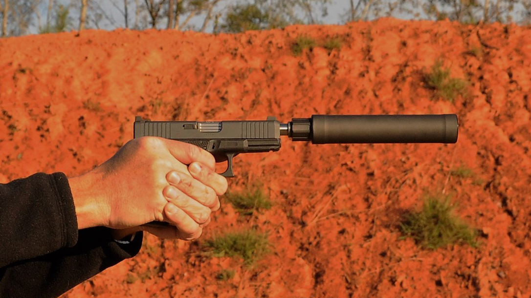 Custom Wilson Combat Glock 19 Gen4 pistol threaded