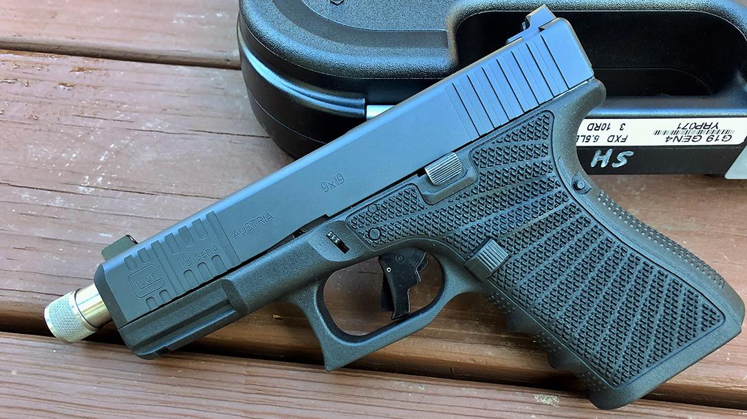 Custom Wilson Combat Glock 19 Gen4 pistol left
