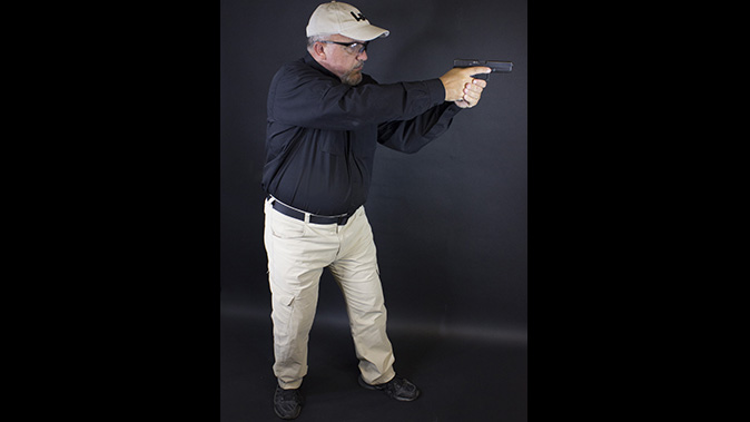 shooting stances fighting stance weaver stance right profile