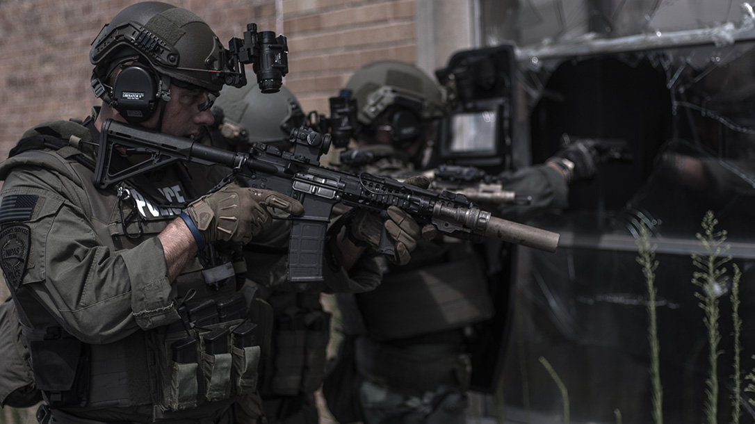 bullet resistant body armor kevlar vest