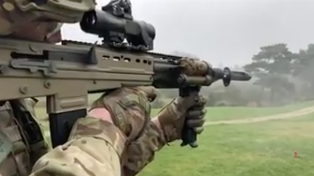 british army SA80A3 rifle right angle