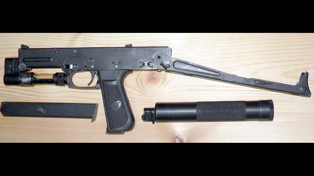 russian submachine guns PP-93