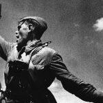 soviet pistols tt-33 russian soldier