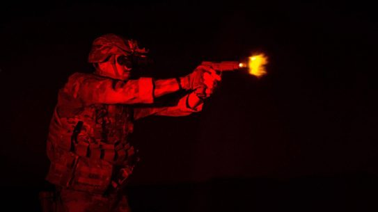 us army m17 pistol firing iraq
